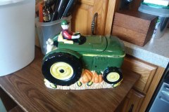 JohnDeere-cookie-jar